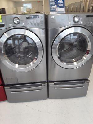 Lg pedestal used washer and dryer good conditions 90 days warranty for Sale in Mount Rainier, MD