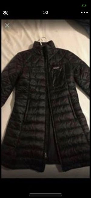 Patagonia radalie parka size small for Sale in St. Louis, MO