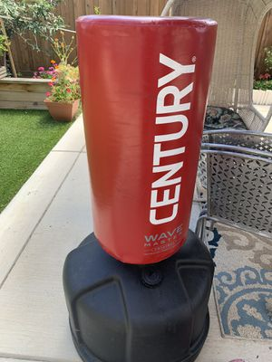 Wave master punching bag for Sale in Tracy, CA