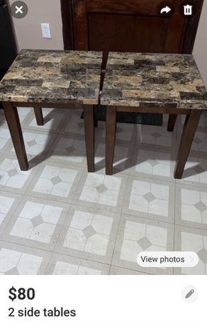 2 side tables for Sale in Chicago, IL