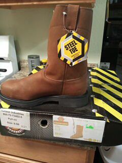 Steel toe boots size 9 1/2 PICK UP ONLY for Sale in Pflugerville, TX