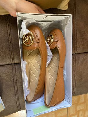 Brand new Michael Kors flats size 6 for Sale in Phoenix, AZ