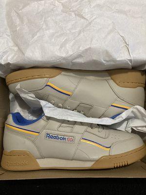 Men's Reebok size 12 (Tan/Yellow/Blue) for Sale in Detroit, MI