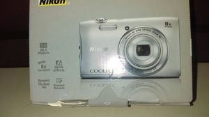 Nikon coolpix for Sale in New Haven, CT