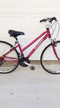 """Bike SCHWINN ( aluminum) 26"""" for Sale in Pekin,  IL"""