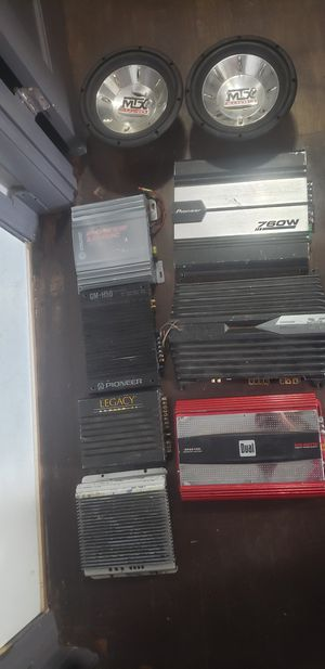 Car audio amps subs and head units for Sale in Belleville, IL