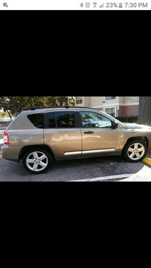2006 Jeep compass for Sale in Tampa, FL