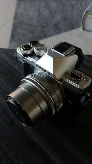 Olympus OM-D E-M10 Mk. 2 Mirrorless Digital Camera for Sale in Austin, TX
