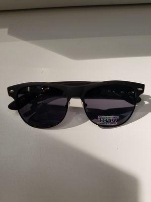 d7637e9ec7 Sunglasses Men s Women Vintage Designer Metal Half Frame for Sale in Los  Angeles