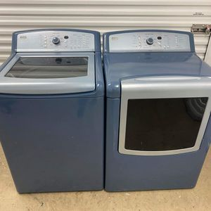 Blue Kenmore Elite Top Load Washer And Electric Dryer Set for Sale in Fort Worth, TX