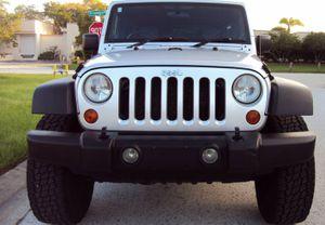 Full Price: 1,800$ Jeep Wrangler 2007 for Sale in Moreno Valley, CA