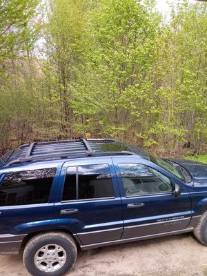 2001 jeep grand cherekee laredo for Sale in Bitely, MI