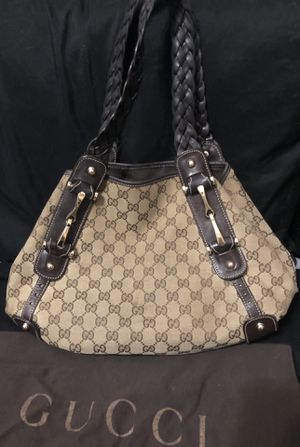 Authentic Gucci bag in good condition for Sale in Odessa, FL
