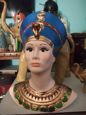 11 inches H 9 inches wide Egyptian lady for Sale in Addison, IL