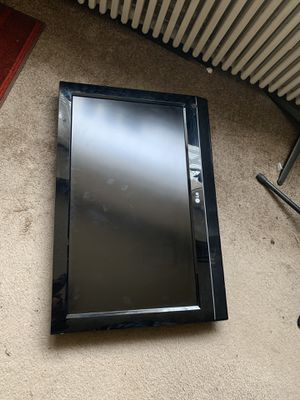 32'' LG Flat Screen (2x) for Sale in Washington, DC