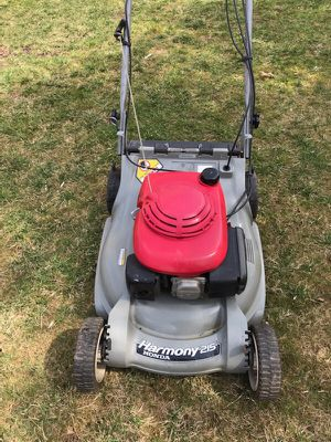 Honda Lawn Mower Harmony 215 for Sale in Plymouth Meeting, PA