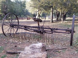 Antique hay rake for Sale in Payson, AZ