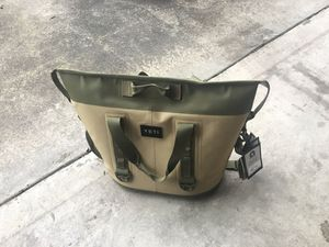Yeti cooler bag type new for Sale in Seattle, WA