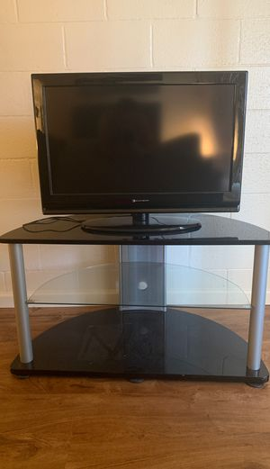 "32"" tv with tv stand bundle. for Sale in Modesto, CA"