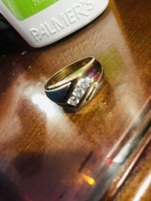 Anillo de diamantes 3 diamantes valor original 5,000 for Sale in Revere, MA