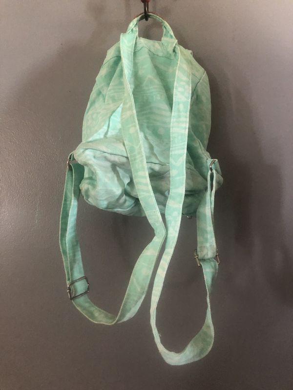 Backpack Vs pink