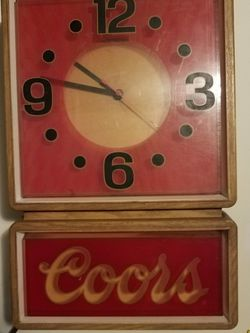 Coors Vintage Wall Clock for Sale in Virginia Beach,  VA