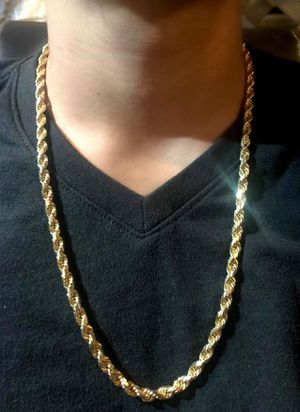 Solid 14k gold rope chain Heavy. Trade for Sale in Lynwood, CA