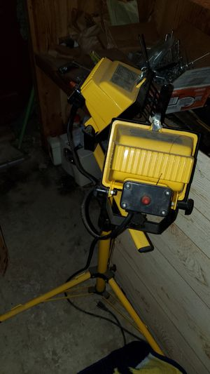 Industrial work lights for Sale in Mount Vernon, OH