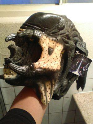 Big Aliens vs predator mask for Sale in Riverside, CA