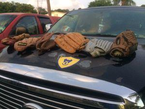 Baseball gloves $5 ea all $20 for Sale in Davie, FL