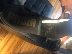 Gym shoes for Sale in Detroit, MI