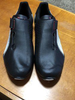 Puma men's Sneakers Size 11 for Sale in Oakwood,  GA