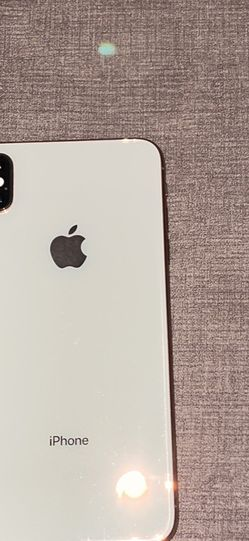 iPhone XS Max 64 G for Sale in Prineville,  OR