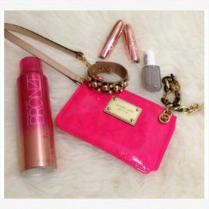 Hot Pink Michael kors Wristlet for Sale in Denver, CO