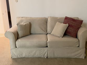 Couch with Pull Out Bed - Sleeper Sofa for Sale in San Diego,  CA
