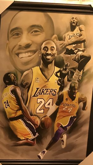 Kobe Bryant framed canvas picture for Sale in Fort Wayne, IN