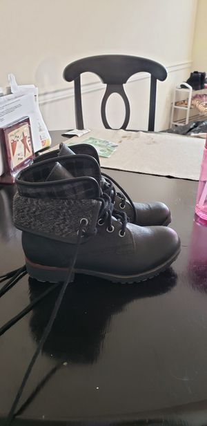 Girls boots brand new size 13y for Sale in Millersville, PA