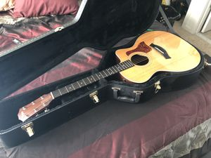 Taylor 214CE Acoustic/Electric Guitar for Sale in Alexandria, VA