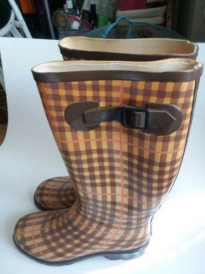 TAN PLAID RAIN BOOTS for Sale in Wilmington, DE