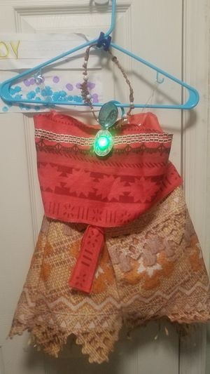 Moana costume size 3/6 with necklace for Sale in Franklin, TN