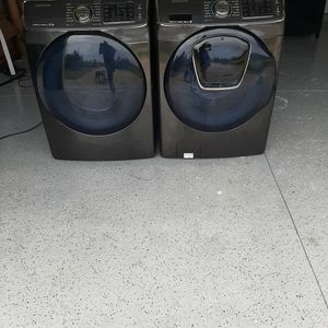 Samsung Washer And Dryer Set for Sale in Naples, FL