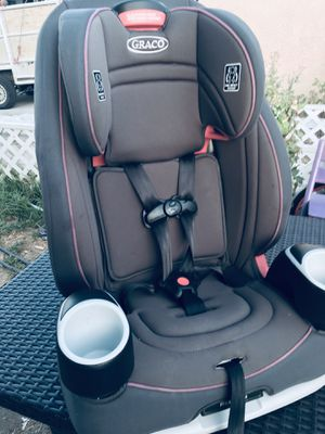 Girl Car seat graco 10 position adjustable size 3 in 1 EX 2022 for Sale in San Bernardino, CA