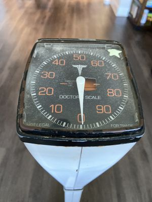 Health O Meter SCALE Doctors Scale Capacity 300 lbs. for Sale in Pinellas Park, FL