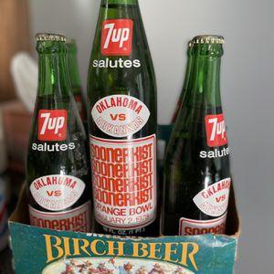 1979 Vintage 7up Bottles for Sale in Chandler, AZ