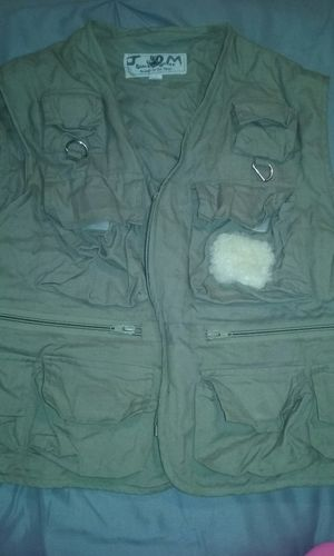 2 Fishing vests for Sale in St. Louis, MO