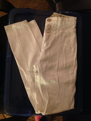 High wasted jeans - CLOTHES FOR SALE for Sale in Monrovia, CA