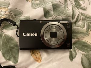 Canon Camera with 2 rechargeable batteries, Battery Charger, an Adapter, and a Case for Sale in El Monte, CA
