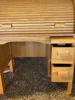 American girl Doll kit's Desk And Chair for Sale in Yorba Linda,  CA