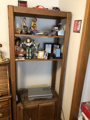 Oak TV and bookcase stand for Sale in Gresham, OR