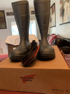 Red wings steal toe boots waterproof for Sale in Saginaw, TX